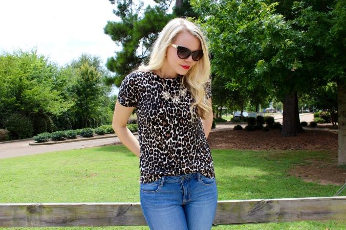 cheetah print & red lips